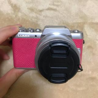 パナソニック(Panasonic)のLUMIX GF7 ピンク(ミラーレス一眼)