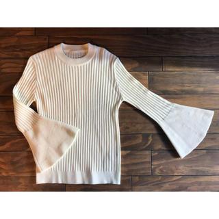ジーユー(GU)の♡  袖♡袖♡袖♡ ホワイト リブニット ♡(ニット/セーター)