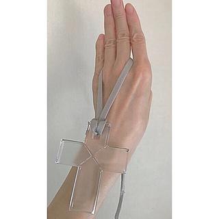 バカラ(Baccarat)のバカラ クロス ネックレス (BIGサイズ ・クリアcolor)(ネックレス)
