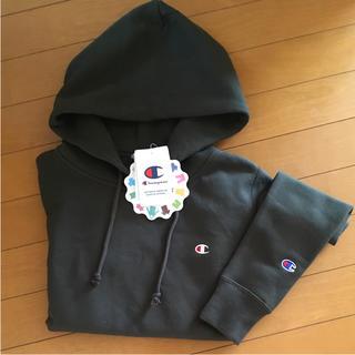 チャンピオン(Champion)のチャンピオン パーカー 新品 カーキ アーミーグリーン Mサイズ 大人気 完売!(パーカー)