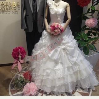 ワタベウェディングavica花嫁ドレスホワイト(ウェディングドレス)