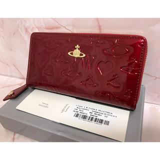 b675a2d69976 ヴィヴィアンウエストウッド(Vivienne Westwood)の赤エナメル長財布ラウンドファスナー❤️