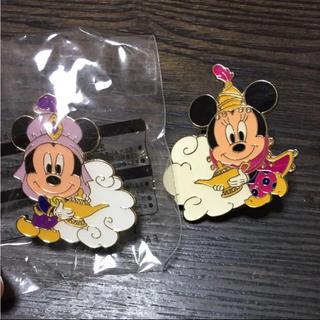 ディズニー(Disney)のディズニー・ピンバッチ  2個(バッジ/ピンバッジ)