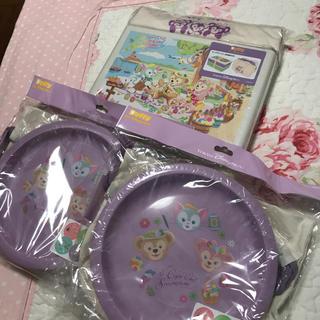 ディズニー(Disney)の新品★ダッフィー ★お皿&ランチボックス★(食器)