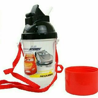 ディズニー(Disney)の新品は♥Carsカーズ♥スナックカップ付きストローマグ♥マグマグ♥キッズ水筒♥(マグカップ)