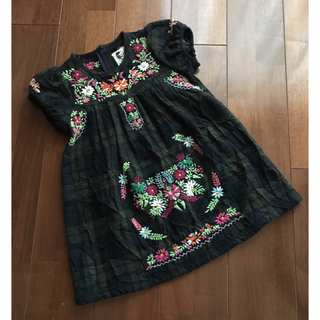 muchacha - レトロン ウール刺繍ワンピース サイズM 120くらい