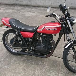 カワサキ(カワサキ)のかっこいい真紅マッハ仕様250TR(車体)