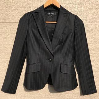 インディヴィ(INDIVI)の美品 INDIVI インディヴィ ジャケット ストライプ 黒 ブラック 03(テーラードジャケット)
