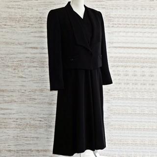 ソワール(SOIR)のSOIR BENIR フォーマル スーツ ブラック 美品(礼服/喪服)