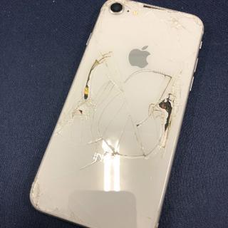 アイフォーン(iPhone)の【7758】iPhone8 256(スマートフォン本体)