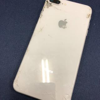 アイフォーン(iPhone)の【1717】iPhone8plus 64(スマートフォン本体)