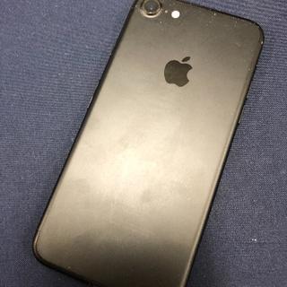 アイフォーン(iPhone)の【7134】iPhone7 128(スマートフォン本体)