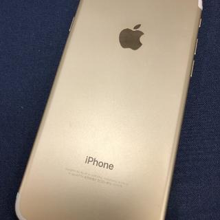 アイフォーン(iPhone)の【5586】iPhone7 128(スマートフォン本体)