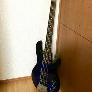 フェンダー(Fender)の5弦ベース G&L(エレキベース)