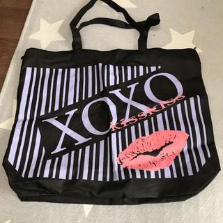 キスキス(XOXO)のXOXO バッグ(トートバッグ)