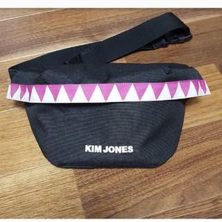 キムジョーンズ(KIM JONES)のキムジョーンズ×GU  ウエストポーチ(ウエストポーチ)
