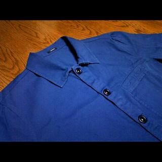 デンハム(DENHAM)のシャツジャケット DENHAM DAN ▲ デンハム BLUE コットンツイル(カバーオール)