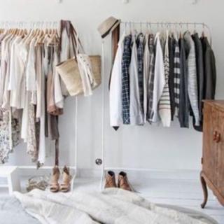 イケア(IKEA)の洋服ラック ハンガー ホワイト2点セット(押し入れ収納/ハンガー)