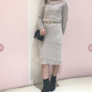 アールディールージュディアマン(RD Rouge Diamant)のフェザーヤン付属ベルト付ニットタイトスカート(ひざ丈スカート)