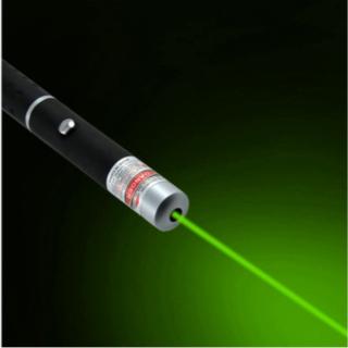 【一番人気のグリーン】 レーザーポインター 緑(オフィス用品一般)