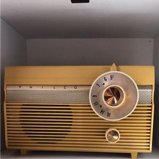 50年代 アンティーク アメリカ製 真空管ラジオ(ラジオ)
