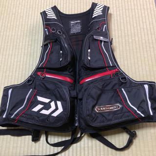 ダイワ(DAIWA)の陽一様専用  ダイワ トーナメント ライフジャケット ベスト Lサイズ (ウエア)