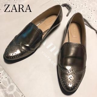 ザラ(ZARA)のZARA スタッズ ローファー(ローファー/革靴)