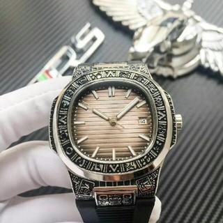 パテックフィリップ(PATEK PHILIPPE)のPATEK PHILIPPE ブラック 腕時計(腕時計(アナログ))