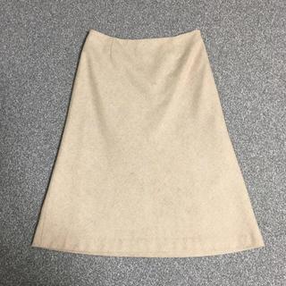 エルプラネット(ELLE PLANETE)のELLE PLANET ベージュ 膝丈スカート(ひざ丈スカート)