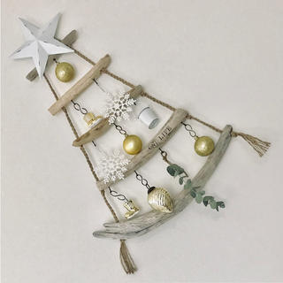 流木のクリスマスツリー☆*:.。. ナチュラルインテリア ウォールツリー(インテリア雑貨)