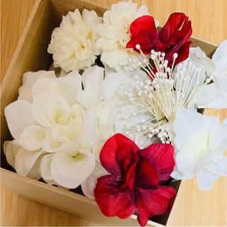 toytoy239 ヘッドピース ホワイトレッド Uピン 髪飾り 成人式(ヘアアクセサリー)