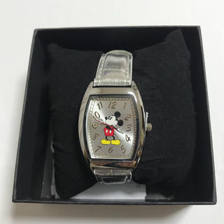 ディズニー(Disney)の《新品未使用》ミッキー スクエアウォッチ 腕時計 シルバー(腕時計)