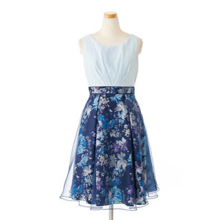 エメ(AIMER)のドレス(ミディアムドレス)