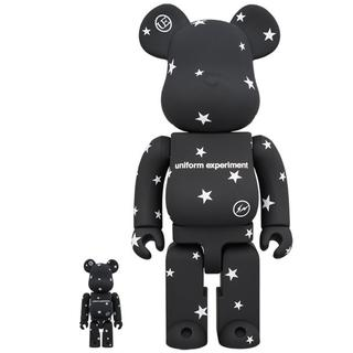 BE@RBRICK uniform experiment 100% & 400%