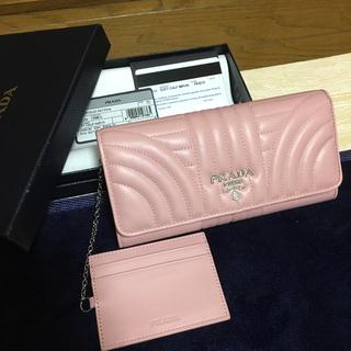 プラダ(PRADA)のPRADA プラダ 長財布 キルティング カーフレザー ウォレット(財布)