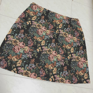 ジーユー(GU)のGU ゴブラン織り スカート 2セット(ミニスカート)