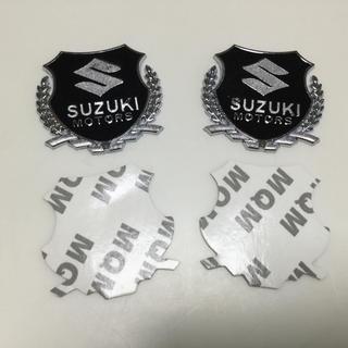 スズキ(スズキ)の新品 SUZUKI スズキエンブレム ステッカー2個入り シルバー(汎用パーツ)