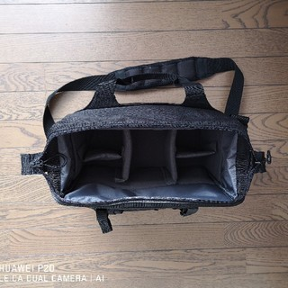 ハクバ ルフトデザインスウィフトM ブラック(カメラバック)(ケース/バッグ)