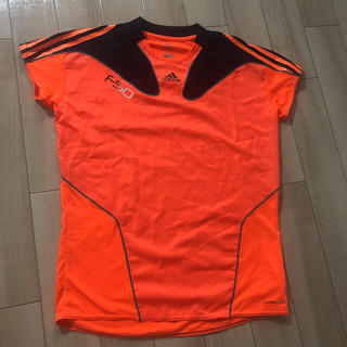 アディダス(adidas)のadidas スポーツTシャツ(Tシャツ/カットソー(半袖/袖なし))