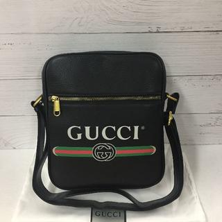 Gucci - グッチ ショルダーバッグ 斜め掛け ブラック