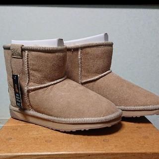 エミュー(EMU)の✨《新品タグつき》✨エミューシュートムートンブーツ(ブーツ)