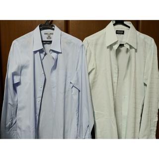 ユニクロ(UNIQLO)の専用です ★長袖ワイシャツ2枚セット Lサイズ 【極美品】★(シャツ)