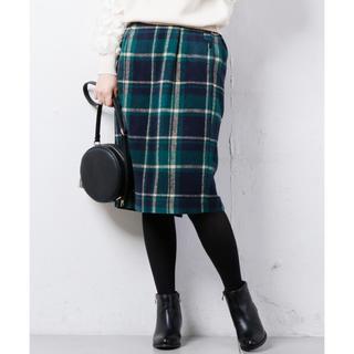 ナチュラルクチュール(natural couture)の美品 グリーンチェック スカラップゆるタイト(ひざ丈スカート)