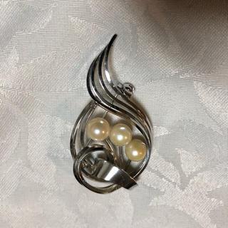 真珠ブローチ(ブローチ/コサージュ)