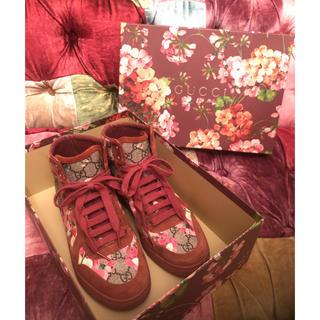 グッチ(Gucci)のgucci グッチ スニーカー 靴 ハイカット 花柄 美品 ワンピース トップス(スニーカー)