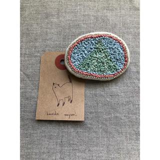 刺繍ブローチ(未使用)(ブローチ/コサージュ)