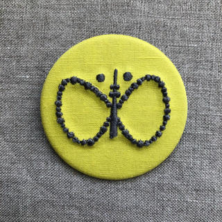 ミナペルホネン(mina perhonen)のminä perhonen スカイツリー ブローチ(未使用)(ブローチ/コサージュ)