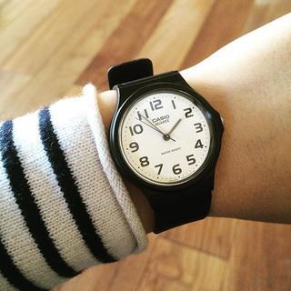 カシオ(CASIO)のチープカシオ CASIO MQ-24-7B2LLJF アナログ 腕時計(腕時計(アナログ))