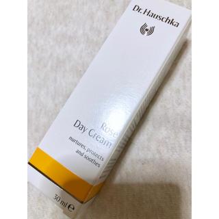 ドクターハウシュカ(Dr.Hauschka)の【新品】ドクターハウシュカ ローズデイクリーム(フェイスクリーム)