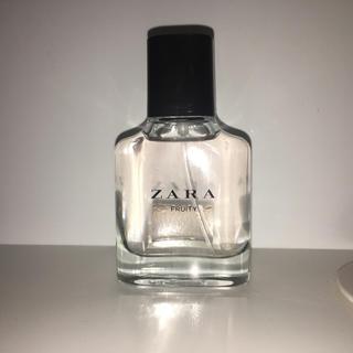 ザラ(ZARA)のZARA オードトワレ フルーティー(香水(女性用))